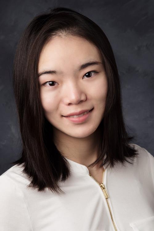 Yunyi Li